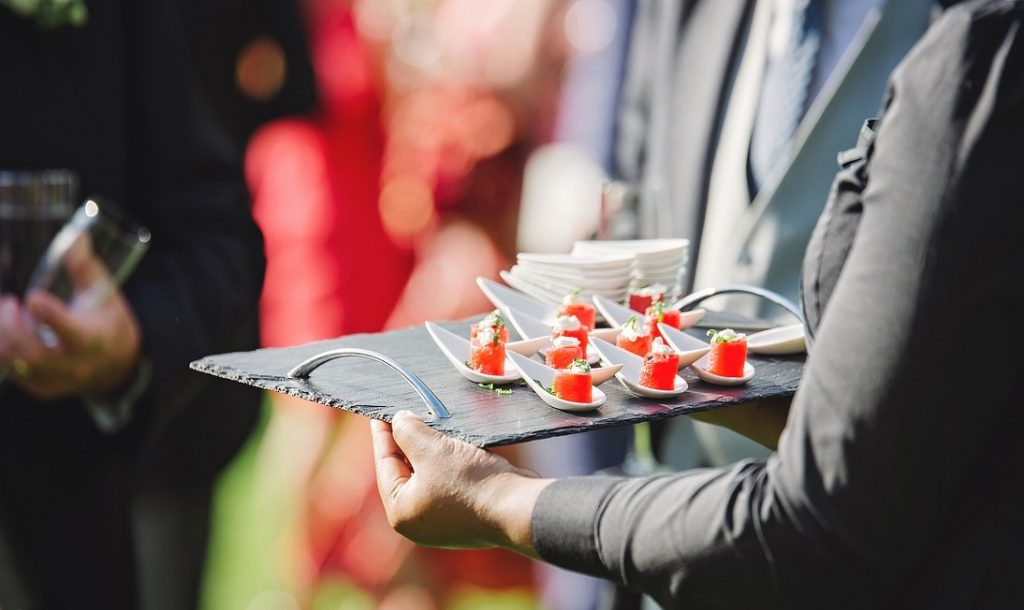 Top benefits of working with caterers